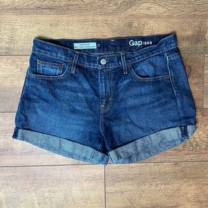 Gap | Cuffed Best Girlfriend Shorts Dark Wash | 27